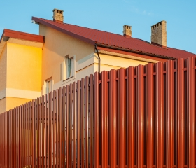 Забор из металлоштакетника Европейский