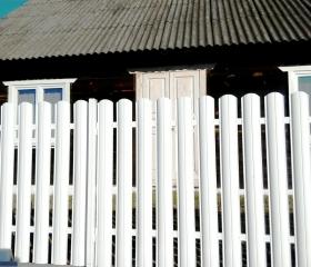 Забор из металлоштакетника Версаль