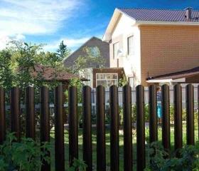 Забор из металлоштакетника Ривьера